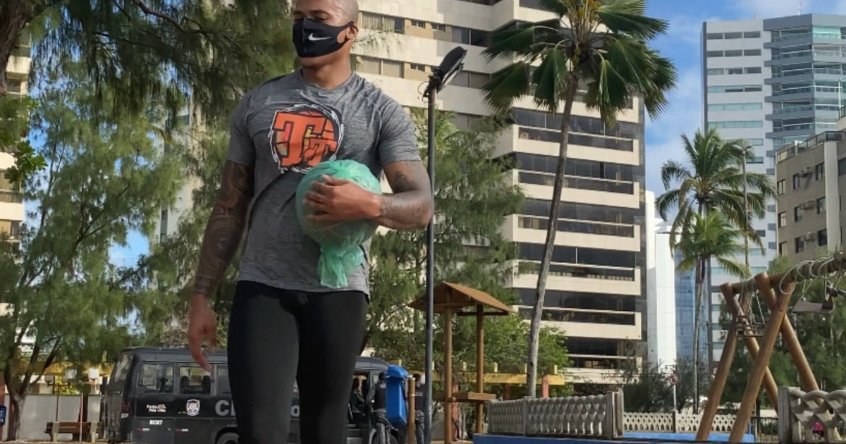 Former SOU student-athlete has been teaching basketball in China